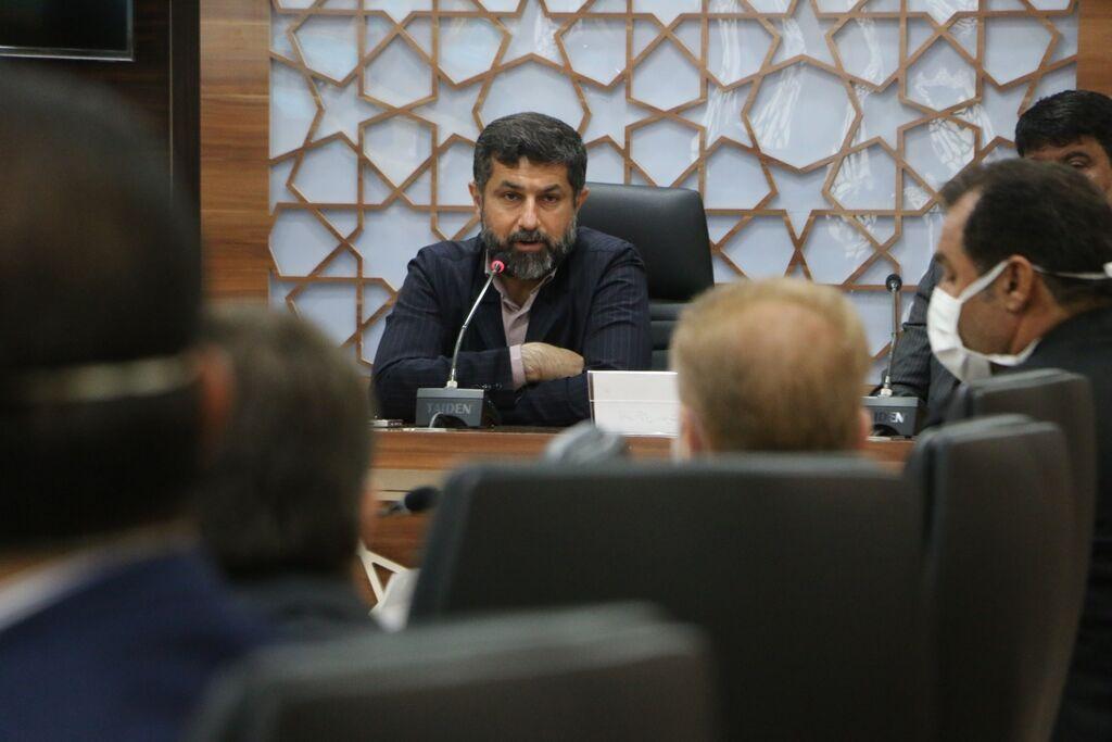 خبرنگاران بنگاه های مالی آسیب دیده از کرونا در خوزستان تسهیلات دریافت می نمایند
