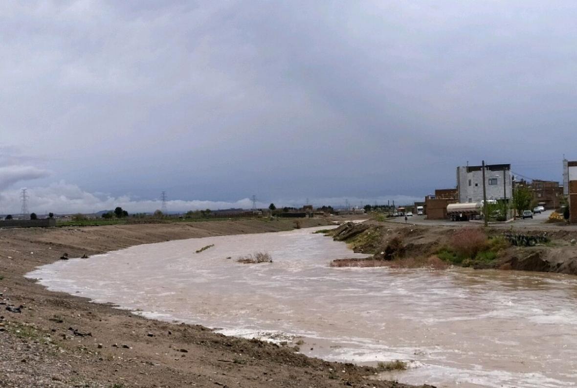 خبرنگاران عشایر مستقر در شمال خوزستان از رودخانه ها فاصله بگیرند