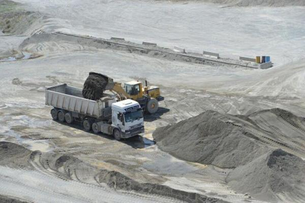 خبرنگاران طرح های توسعه معدنی با سرمایه گذاری بیش از 1.2 میلیارد یورو