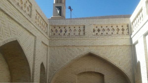 اتمام عملیات بازسازی حوض و رختشویخانه تاریخی محله محمدیه نائین