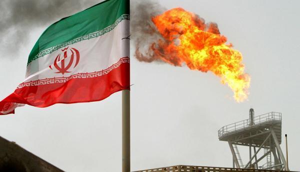 چین 1 میلیون بشکه در روز از نفت خام ایران را خریداری می نماید