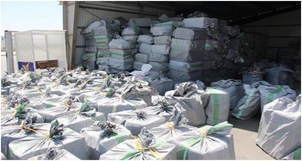 کشف 10 میلیارد ریال مواد غذایی قاچاق از انباری در تهران