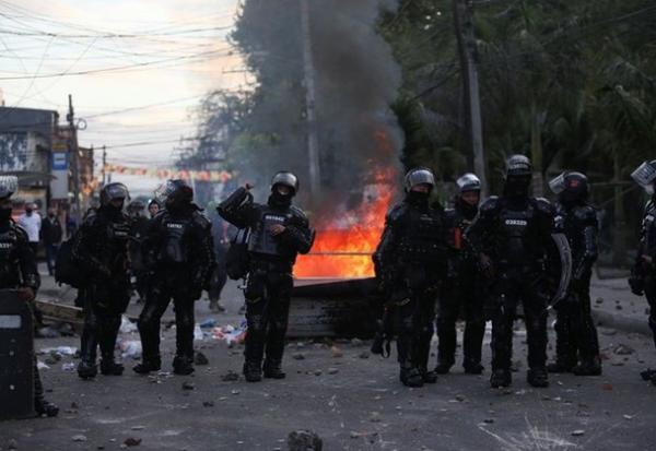 تظاهرات ضددولتی در کلمبیا بالا گرفت، ارتش در یک استان مستقر می شود